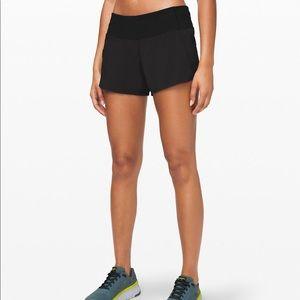 Lululemon Groovy Run Shorts Size 6 Black New